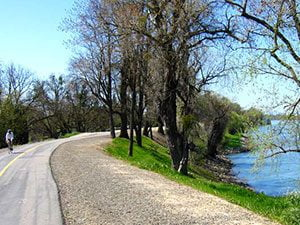sacramento river trail - Redding California - Fryes Fishing